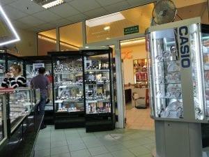 Grain Jubilerstwo. Stanisław Gieroń (Auchan): wewnątrz od tyłu